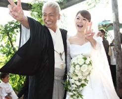 玉置浩二と青田典子の画像